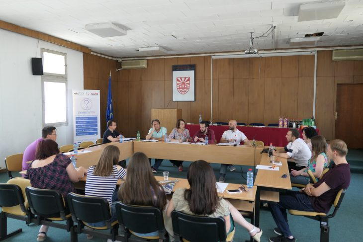 (Македонски) Панел дискусија: Предизвици на практикување на волонтерство во заедницата