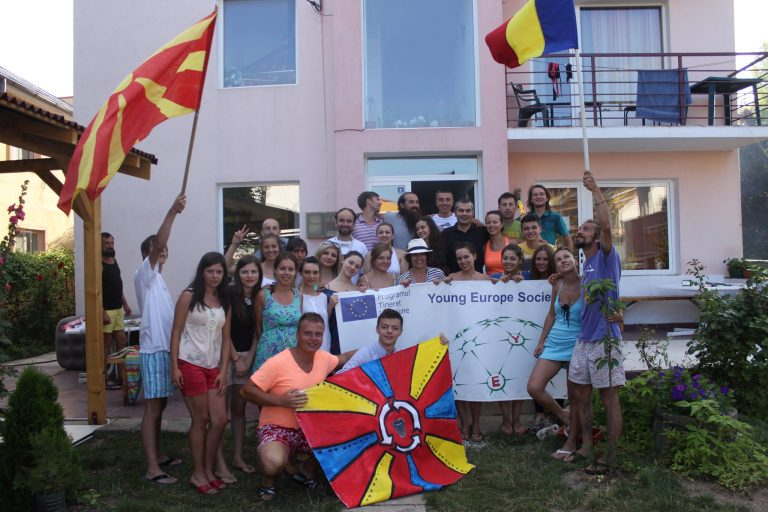 """Youth exchange """"Recycle for Life"""" in Costinesti, Romania"""