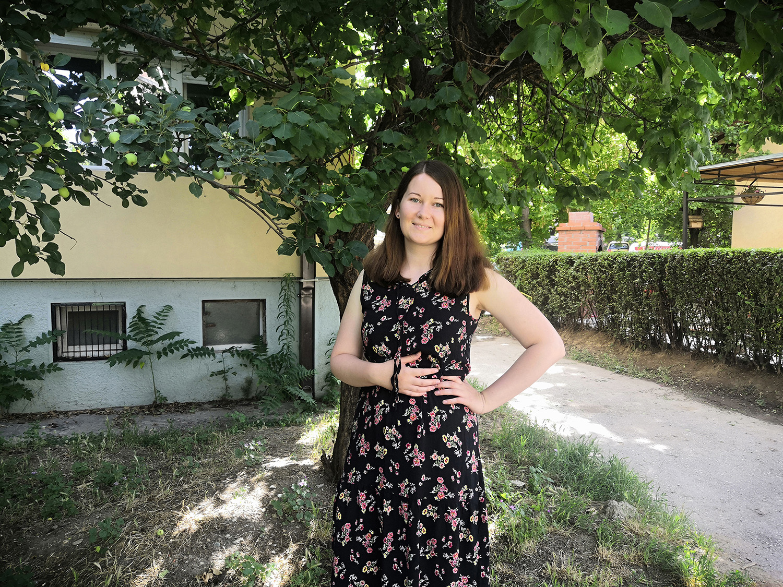 Чекор по чекор и оп во Скопје: Добредојде за Јола од Полска